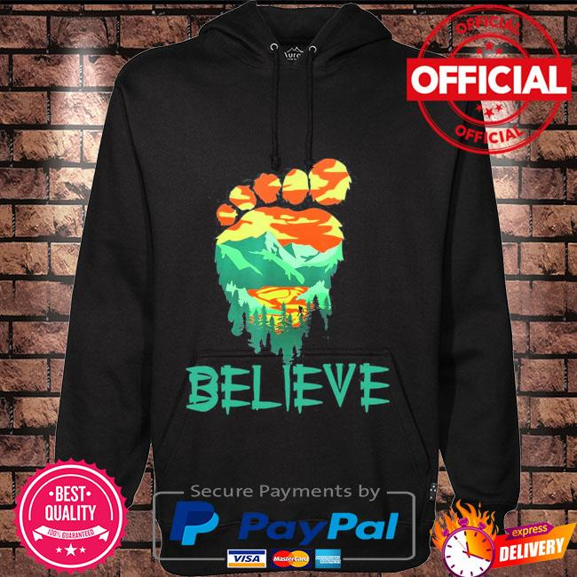 Bigfoot mountain Believe Hoodie black